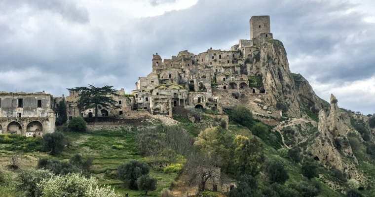 #4 Apulia.  Miasto duchów – Craco