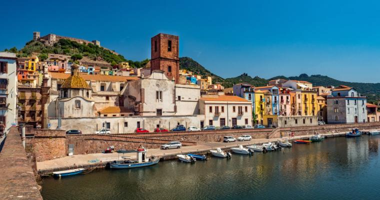 #5 Malownicza Bosa i jedno z najładniej położonych, nadmorskich miasteczek na Sardynii! <3