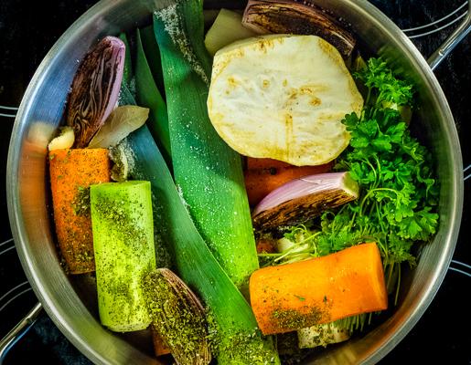 Bulion warzywny – jak zrobić?